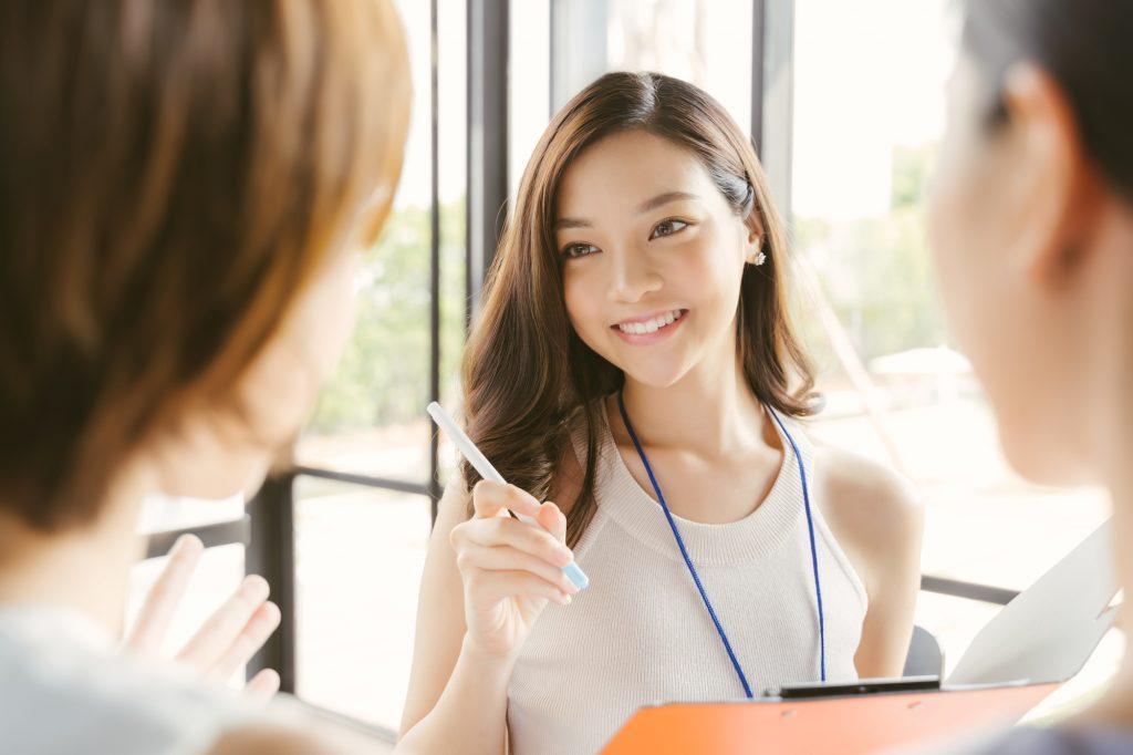 外国人スタッフのマネジメントを成功させるポイントや注意点を解説